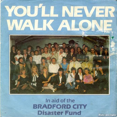The Crowd - You'll never walk alone